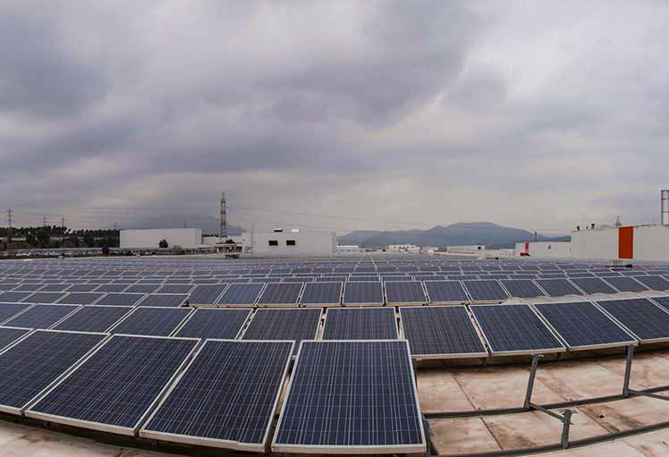 paneles solares fabrica seat
