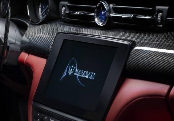 Maserati Quattroporte interior