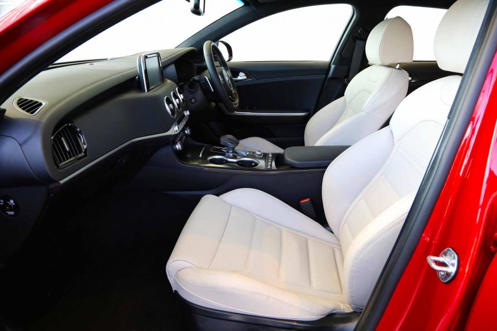 KIA Stinger GT420 interior