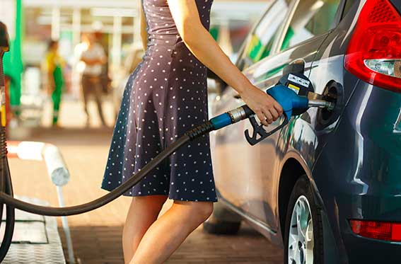 carro color verde gasolina