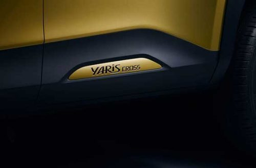 yaris cross logo